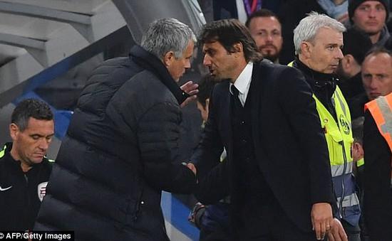Bị cáo buộc dàn xếp tỷ số, HLV Conte gọi Mourinho nhỏ nhen và giả tạo