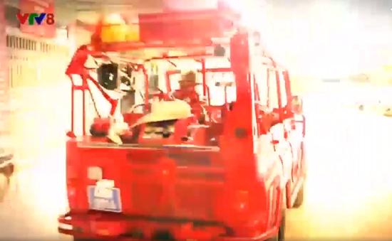 Đội chữa cháy tình nguyện dưới chân núi Langbiang