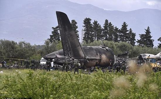 Rơi máy bay quân sự ở Algeria: Số người chết lên đến 257 người