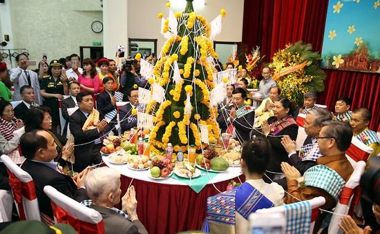 Việt Nam chung vui Tết cổ truyền của Lào