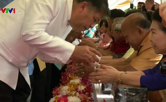 Tưng bừng lễ hội mừng năm mới ở Thái Lan, Myanmar