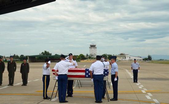 Lễ hồi hương hài cốt quân nhân Hoa Kỳ tại Sân bay Quốc tế Đà Nẵng