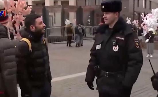 Cảnh sát du lịch Nga ra quân mùa Word Cup 2018