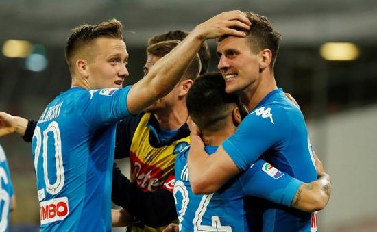Giải VĐQG Italia, Serie A: Napoli rút ngắn khoảng cách trong cuộc đua vô địch với Juventus