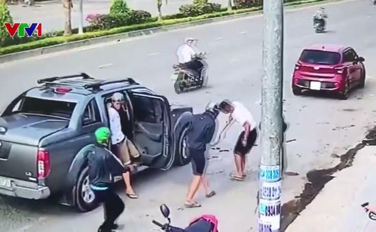 Băng nhóm dùng súng truy sát nhau giữa đường phố Đồng Nai