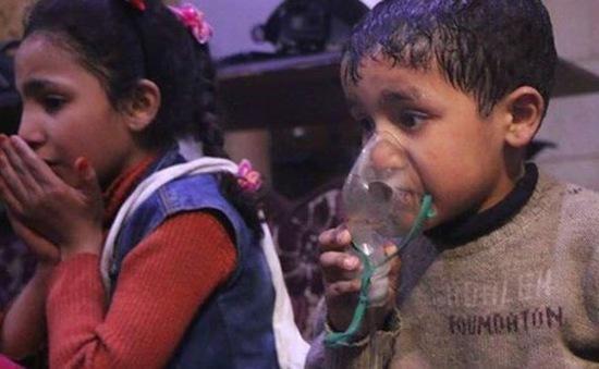"""""""Video nạn nhân bị tấn công hóa học ở Syria bị dàn dựng"""""""