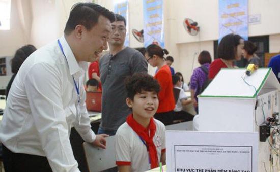 Gần 500 thí sinh tham dự Hội thi Tin học trẻ thành phố Hà Nội