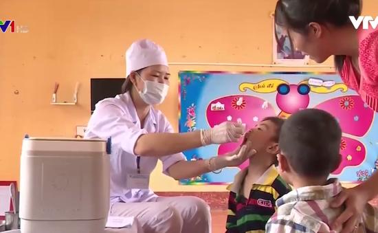 Phòng bại liệt cần tiêm thêm vaccine