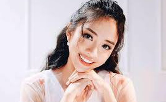 Hotgirl Thiên Nga từng bị cha mẹ từ mặt vì theo nghề người mẫu