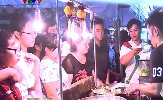Hấp dẫn lễ hội bánh dân gian Nam Bộ tại Cần Thơ