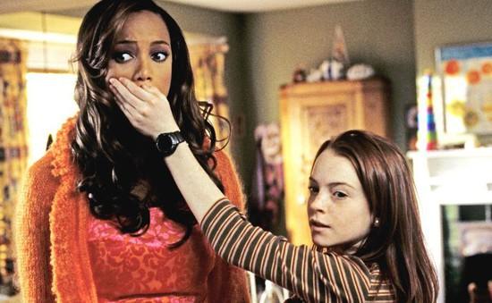 """Lindsay Lohan """"ngồi chung chiếu"""" với Tyra Banks trong Life-Size 2"""