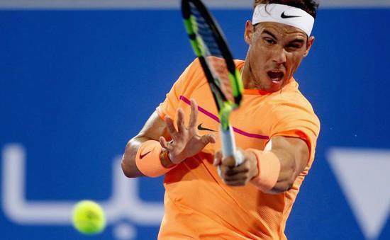 Nadal đạt 400 chiến thắng trên mặt sân đất nện