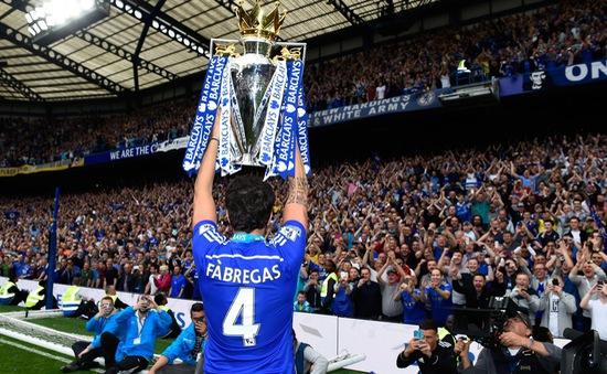 Fabregas lập kỷ lục chưa từng có tại Ngoại hạng Anh