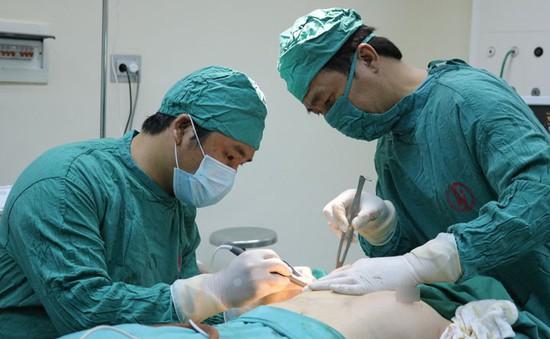 Quảng Ninh: Lần đầu tiên triển khai phẫu thuật tạo hình nâng ngực