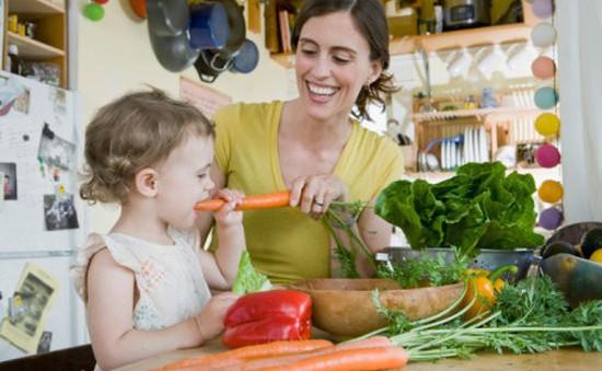 Làm gì khi trẻ kén ăn?