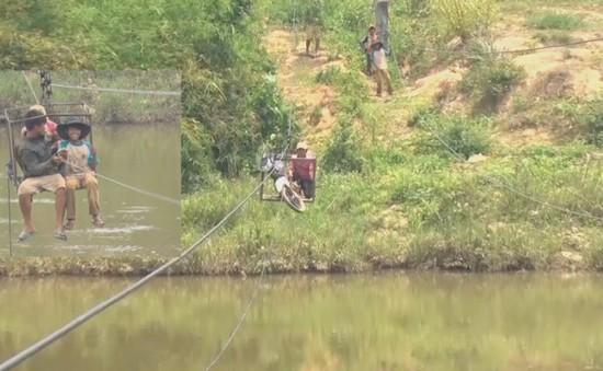 Kon Tum: Người dân liều mình đu dây qua sông Pô Kô gần 10 năm, chính quyền tỉnh không hề hay biết ?