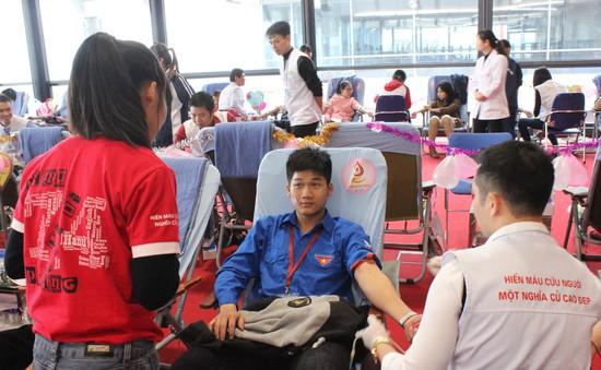 Mít tinh hưởng ứng Ngày toàn dân hiến máu tình nguyện tại Cần Thơ
