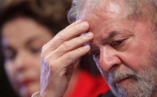Đụng độ liên quan đến vụ bắt giữ cựu Tổng thống Brazil