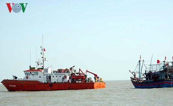 Cứu nạn thành công tàu cá và 7 ngư dân