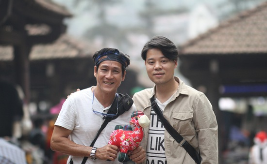 Phát hiện tài lẻ của ca sỹ Dương Trần Nghĩa khiến các nhiếp ảnh gia lo lắng