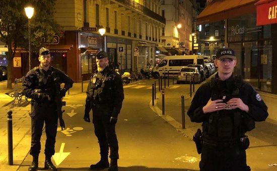 IS nhận thực hiện vụ tấn công bằng dao ở Paris, Pháp