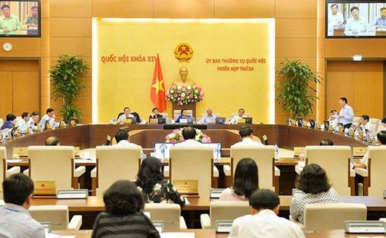 Thường vụ Quốc hội thảo luận về kinh tế xã hội
