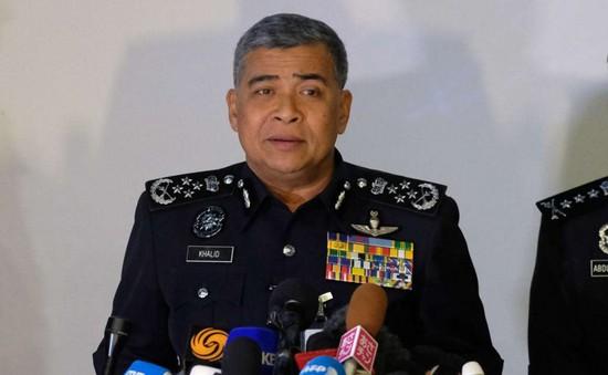 Malaysia cấm xuất cảnh một loạt cựu quan chức