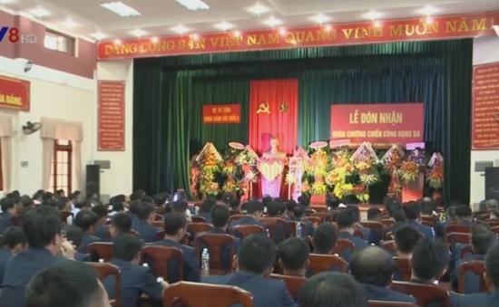 Bộ Tư lệnh Vùng Cảnh sát biển 2 đón nhận Huân chương Chiến công hạng III