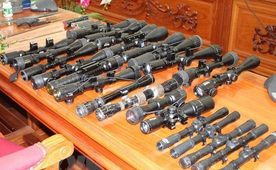 Gia Lai: Bắt giữ 4 đối tượng chế tạo, mua bán, tàng trữ trái phép vũ khí