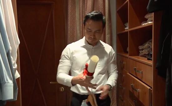 """Tình khúc Bạch Dương - Tập 30: Hùng """"chết lặng"""" khi thấy tranh chân dung của Quyên trong phòng Vân"""