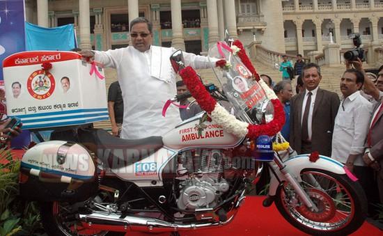 Xe máy cứu thương miễn phí tại Ấn Độ