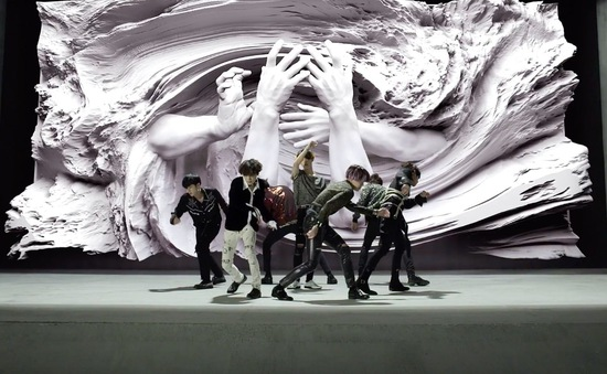 """""""Fake Love"""" của BTS gây sốt toàn cầu, đạt kỷ lục lượt xem"""