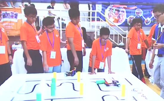 Hơn 270 thí sinh tham gia cuộc thi Tài năng Robot TP.HCM - Robotacon