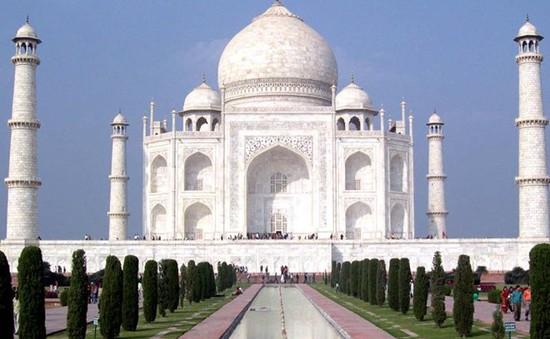 Đền Taj Mahal hư hỏng do ảnh hưởng của ô nhiễm không khí
