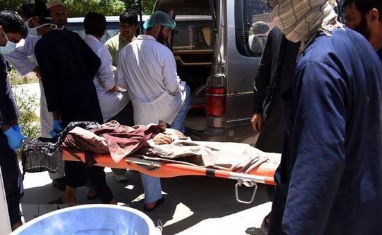 Thương vong trong vụ nổ bom tại miền Nam Afghanistan tăng mạnh