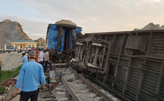 [VIDEO] Toàn cảnh hiện trường vụ tai nạn tàu hỏa ở Thanh Hóa