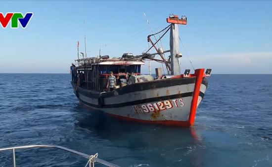 BĐBP Thừa Thiên Huế cứu nạn ngư dân bị xuất huyết dạ dày