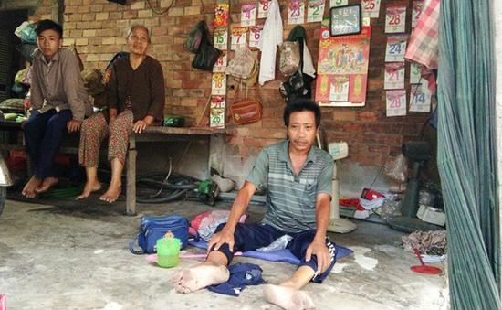 Chồng bị tai nạn, vợ ôm tiền bồi thường bỏ đi biệt tích