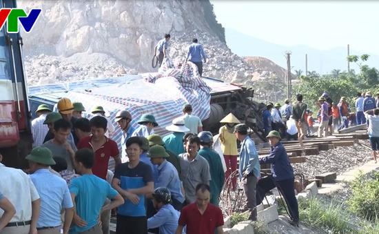 Phó Thủ tướng Trương Hòa Bình yêu cầu khắc phục hậu quả vụ tai nạn giao thông đường sắt đặc biệt nghiêm trọng tại Thanh Hóa