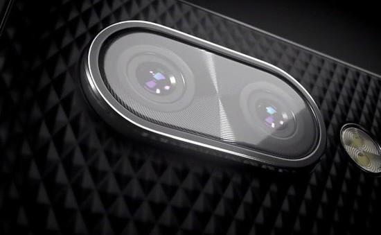 BlackBerry tung video lộ smartphone camera kép đầu tiên cùng nút bấm bí ẩn