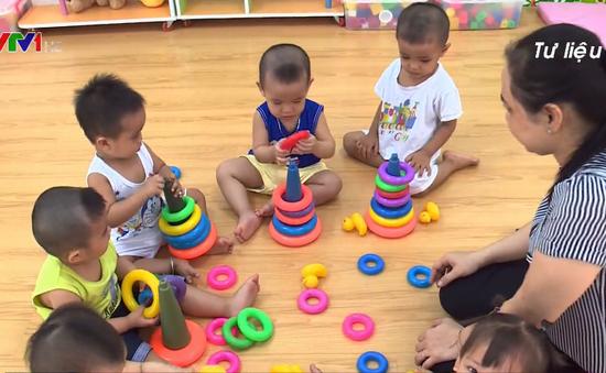 Hà Nội: Đảm bảo sức khỏe trẻ mầm non trong thời tiết nắng nóng bất thường