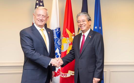 Đại sứ Việt Nam tại Hoa Kỳ Phạm Quang Vinh hội kiến Bộ trưởng Quốc phòng James Mattis
