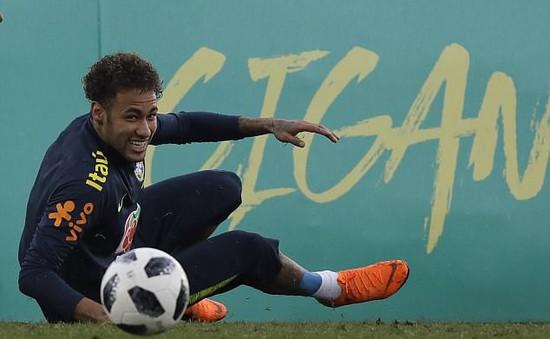 Chưa hồi phục 100%, Neymar vẫn mạnh mồm tuyên bố đá mở màn World Cup