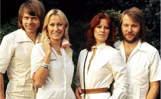 Huyền thoại ABBA và sự trở lại mới mẻ