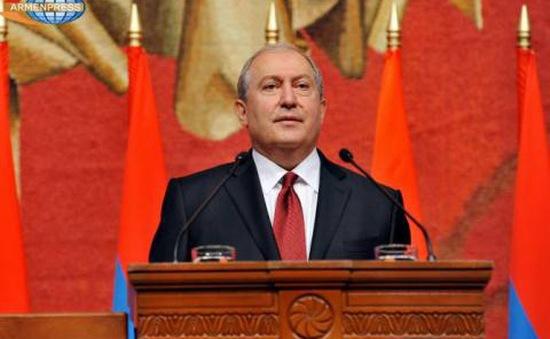 Khủng hoảng chính trị nghiêm trọng ở Armenia