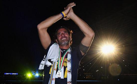 Alessandro Lucarelli chính thức giải nghệ ở tuổi 41
