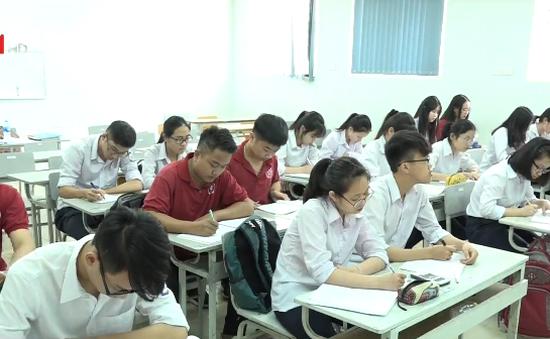 Hà Nội tìm cách giảm áp lực khi lượng tuyển sinh vào lớp 10 tăng