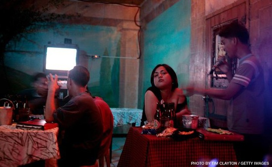 Philippines sắp hạn chế hát karaoke trong khu dân cư