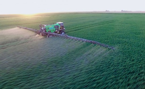 Nhiều nước EU kêu gọi nghiên cứu sản phẩm thay thế chất diệt cỏ Glyphosate