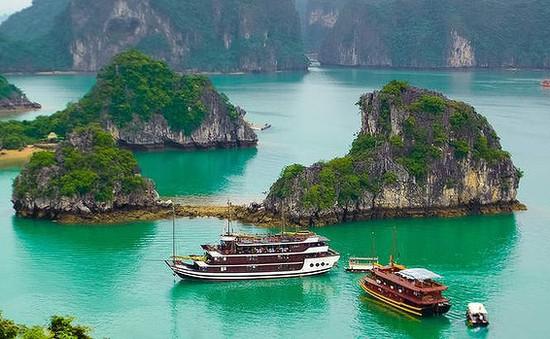 """Từ """"Chuyến đi kinh dị"""" của du khách Australia: Làm gì để loại bỏ các hạt sạn của du lịch Việt?"""